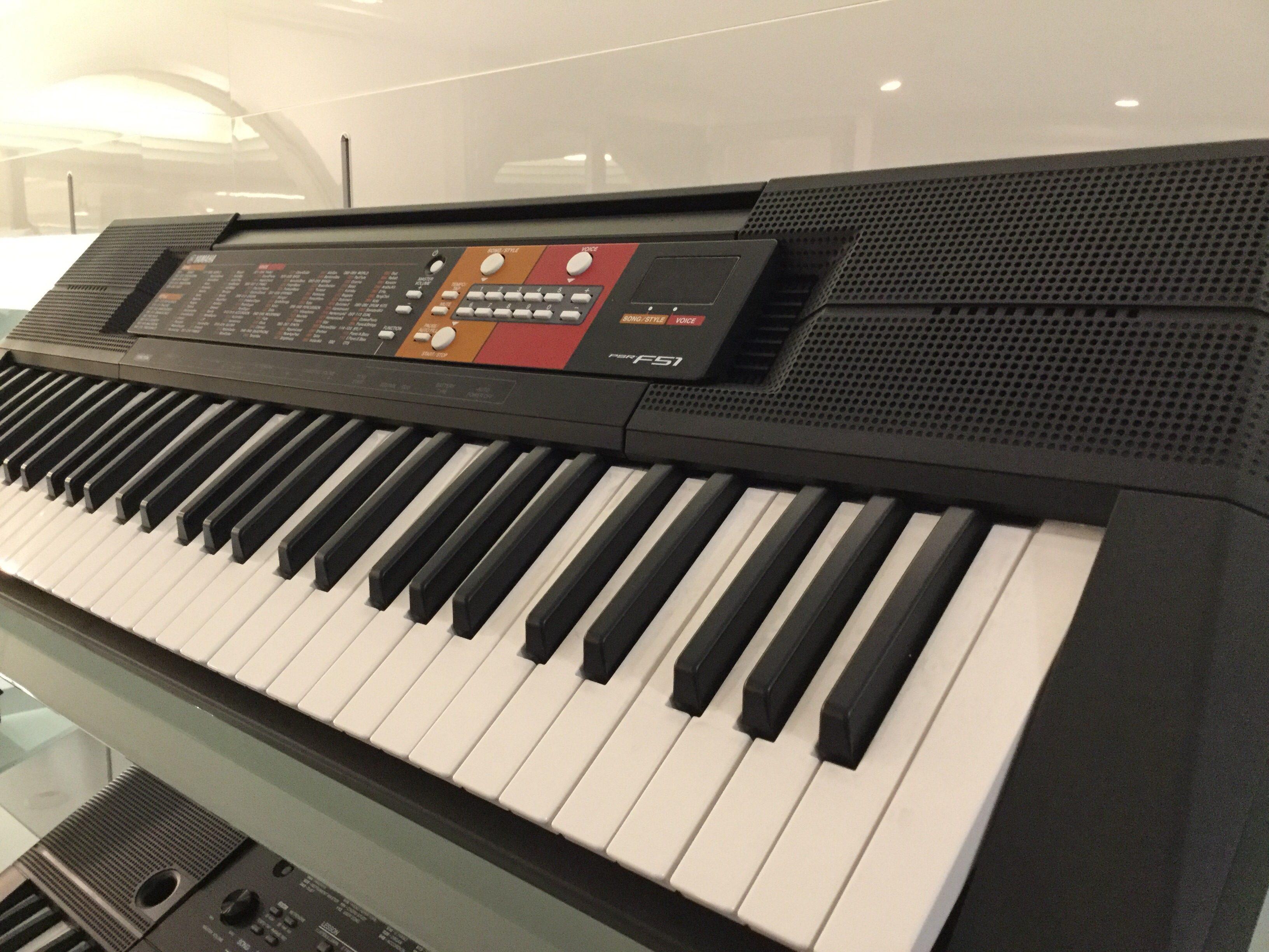 yamaha psr f51 bettin pianoforti strumenti musicali. Black Bedroom Furniture Sets. Home Design Ideas