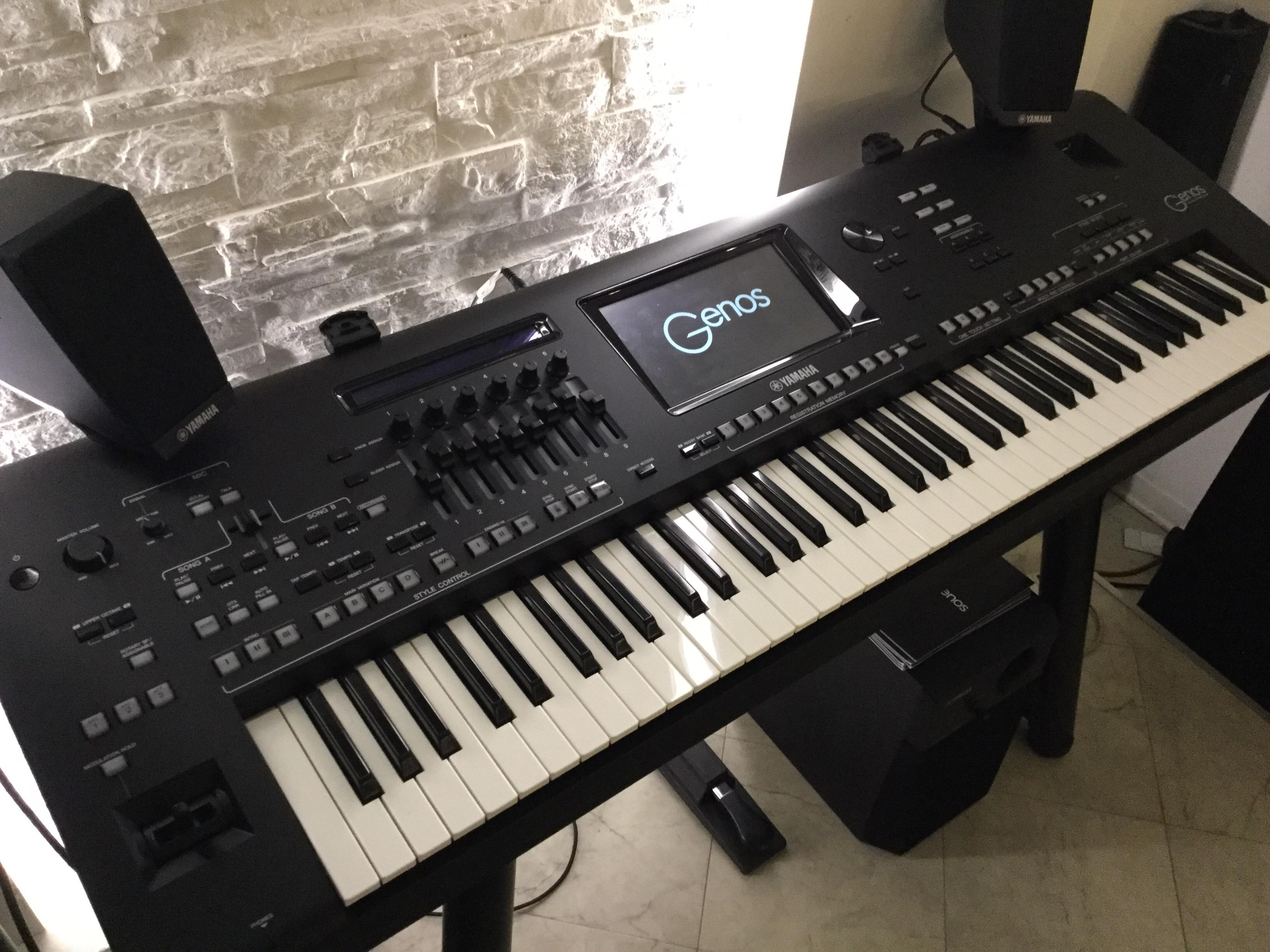 yamaha genos bettin pianoforti strumenti musicali. Black Bedroom Furniture Sets. Home Design Ideas